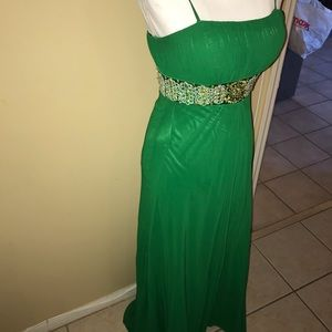 Faviana gown in green size 2
